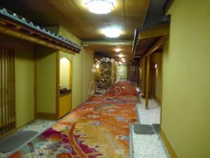 ホテル瑞鳳・客室廊下