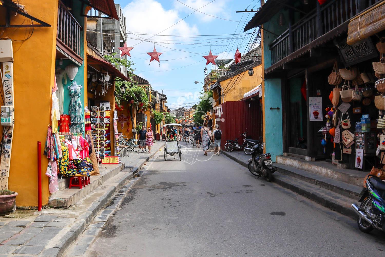 世界遺産ホイアンの古い町並み/ベトナム