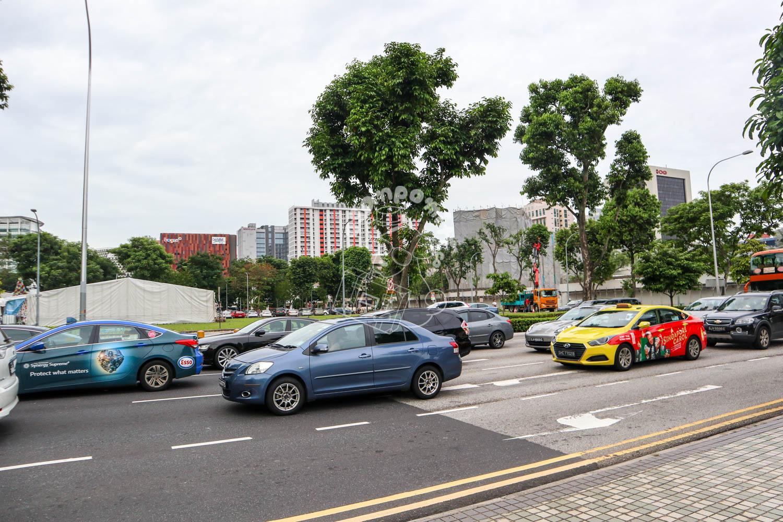 シンガポールの交通風景