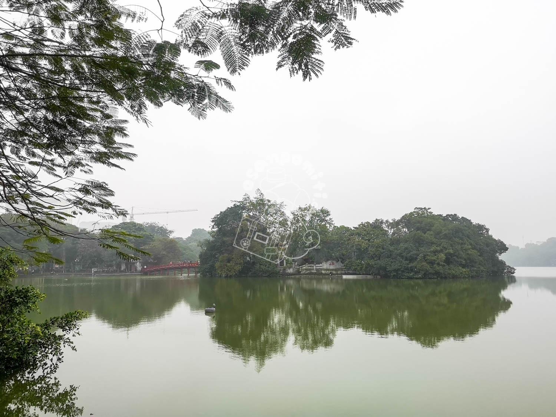 ホアンキエム湖/ハノイ