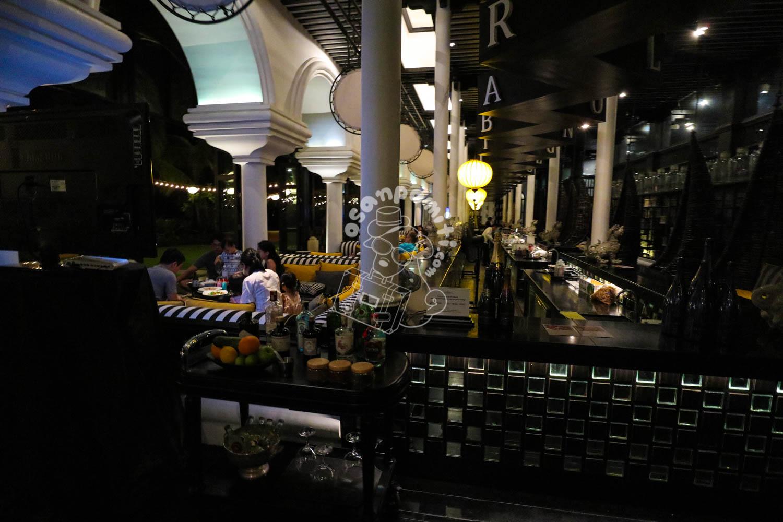 The L_o_n_G Bar/インターコンチネンタル ダナン サンペニンシュラ リゾート